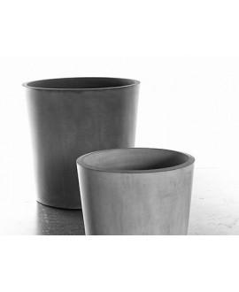 FIORIERA PATO 01 SMALL colore grigio cemento